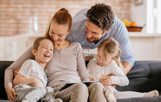 1.- Padres y madres que usan tecnología: CEOs y Directores Generales